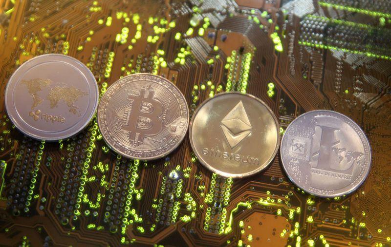 Криптовалюта Биткойн подросла на 10%