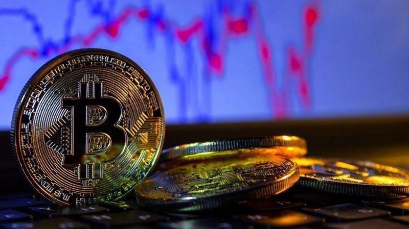 Аналитик Bloomberg не верит в вероятность агрессивного роста биткоина