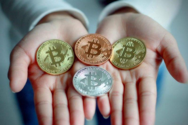 Аналитик The Block: «Киты» продолжают скупать биткоины