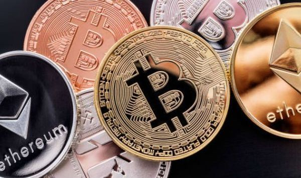 Криптовалюты не показывают единой динамики