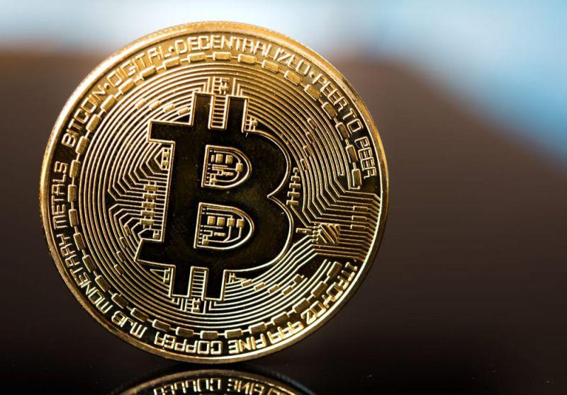 Аналитики: 1,5 млн адресов будут давить на цену биткоина при попытке преодолеть $8 000