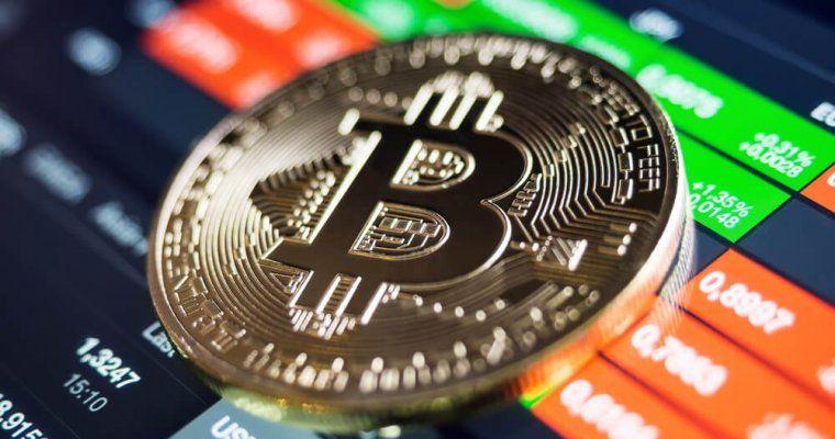 Цена биткоина скоро поднимется до $12000, но затем последует падение