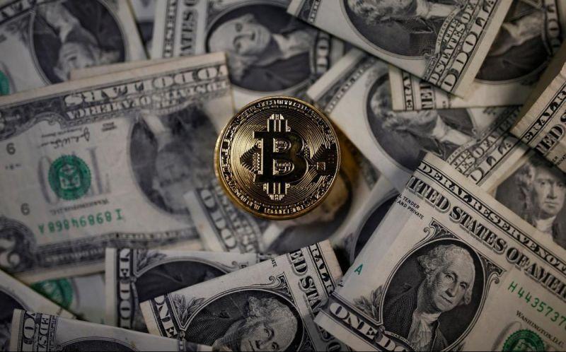 Падение доллара откроет для биткоина новые горизонты