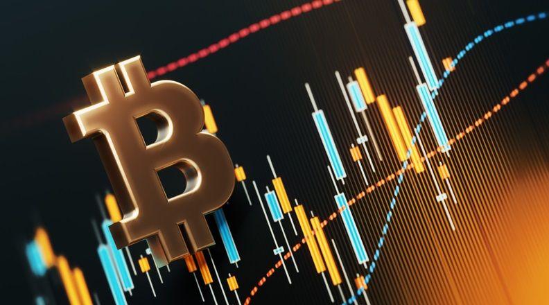 Чего ждать от курса биткоина? Мнения экспертов