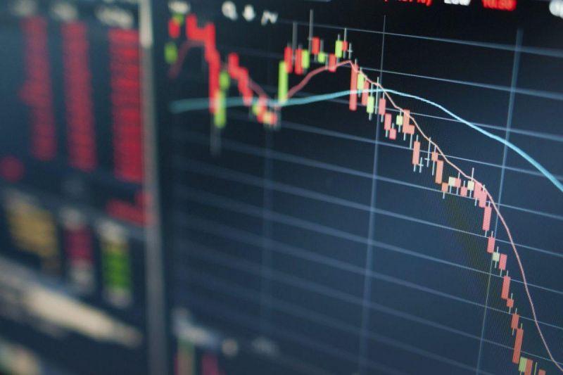 Аналитики предупредили о возможной стремительной коррекции биткоина