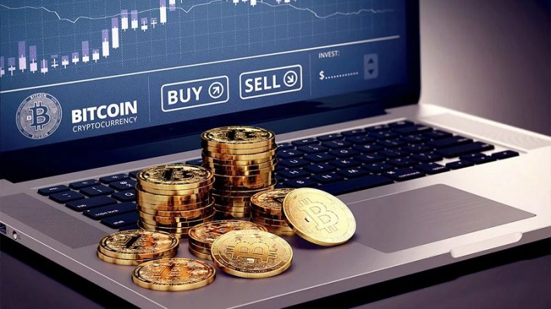 Сегодня вывели максимальное количество биткоинов с бирж в этом году