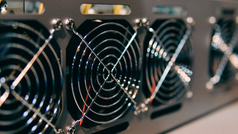 Gryphon Digital Mining намерена купить у Bitmain 7200 устройств Antminer S19j Pro