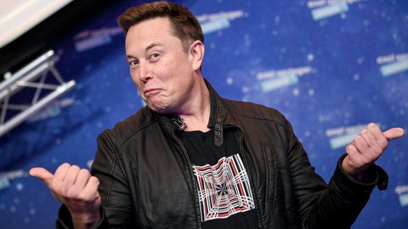 Илон Маск вновь привлек внимание в Твиттере