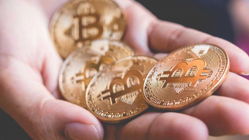 Интерес пользователей к биткоину рухнул почти на 70%