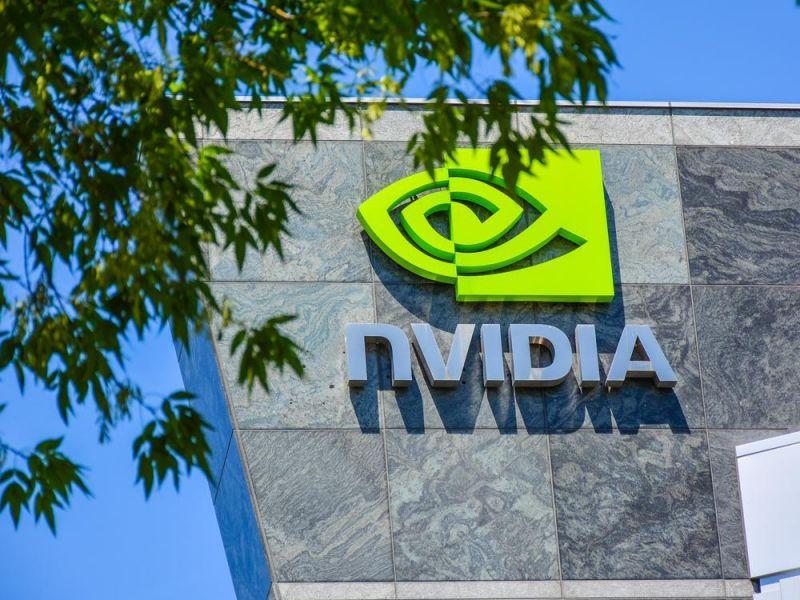 NVIDIA прогнозирует нехватку видеокарт и в следующем году