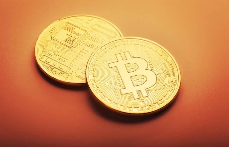 По объему наличной денежной массы биткоин вошёл в ТОП-6 валют мира