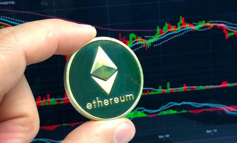 Цена Ethereum рискует опуститься до $1800