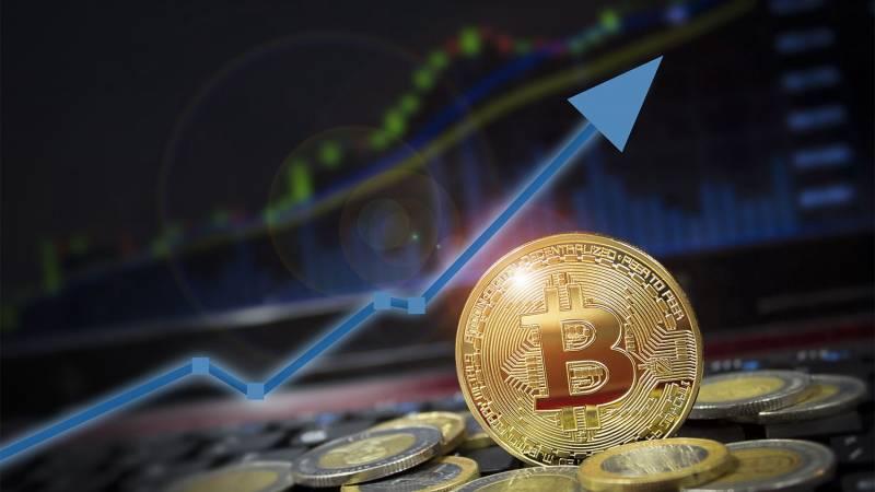 Цена биткоина поднялась выше $58 000 впервые за пять месяцев