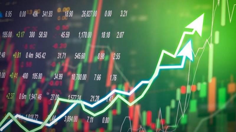 Трейдер Скотт Мелкер указал на три альткоина с хорошим потенциалом роста