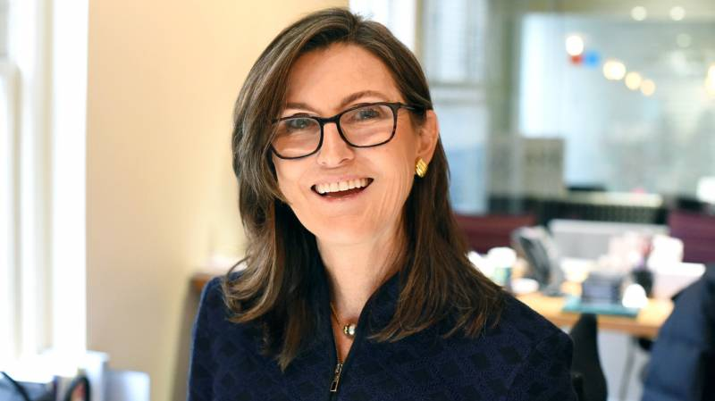Кэти Вуд верит в рост биткоина до $500 000